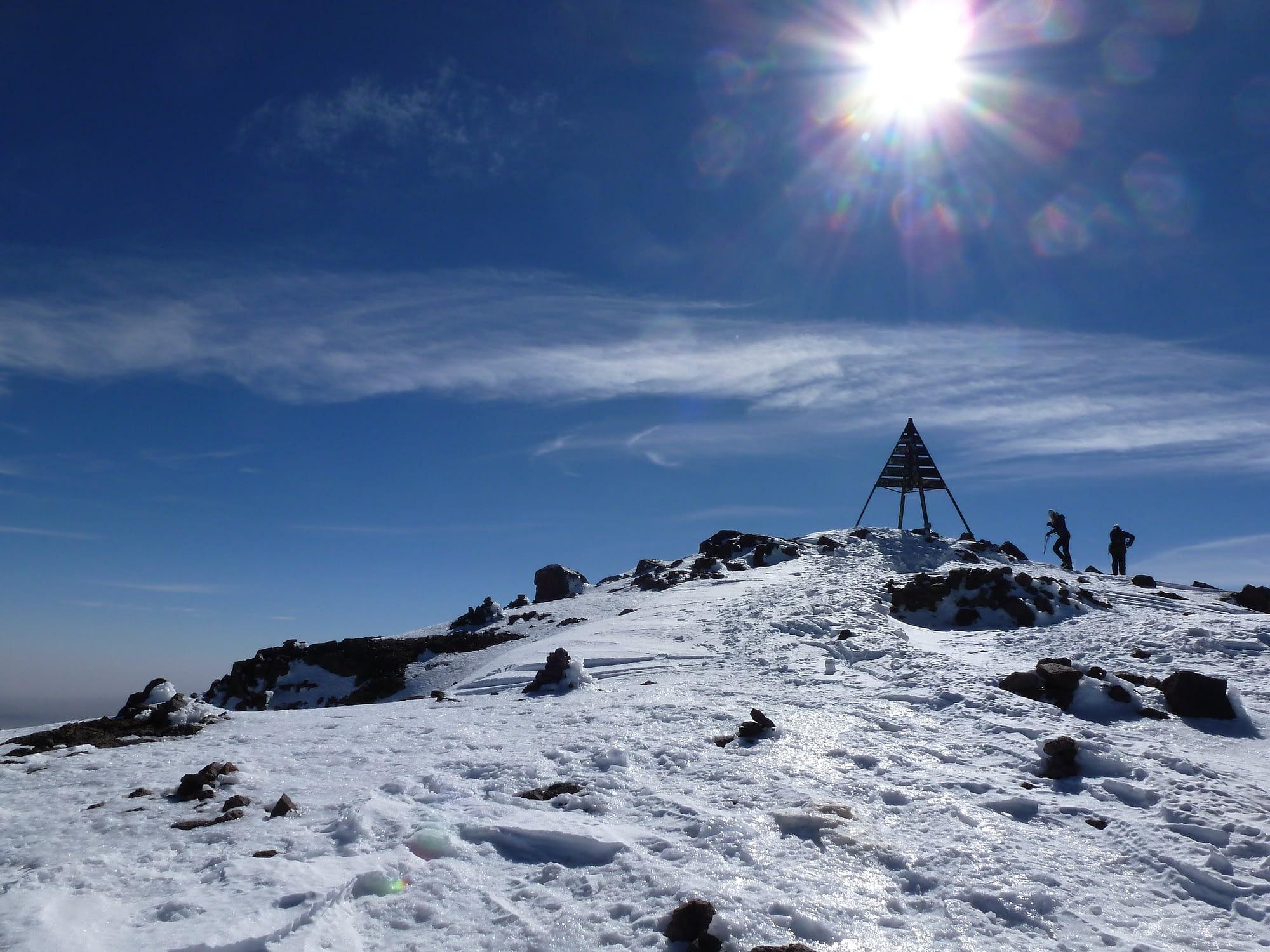 climb toubkal in winter
