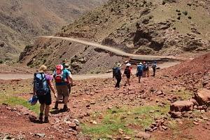 wandelen in het atlasgebergte in marokko Toubkal Trekking
